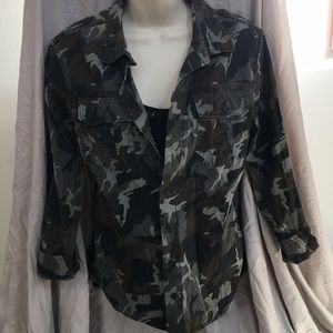 MOSSIMO army chic button up shirt!